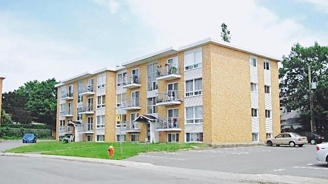 4 ½, 3026 rue Lechasseur, Saint-Louis-Sillery.